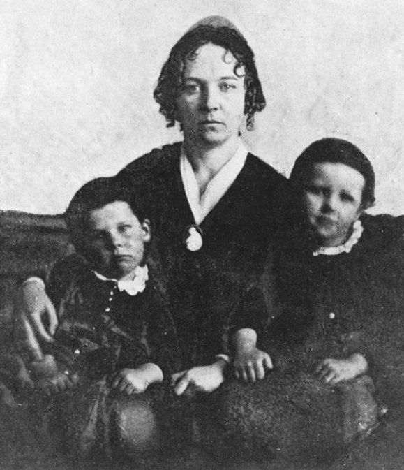 ElizabethCadyStanton-1848-Daniel-Henry