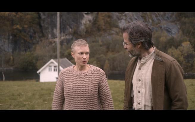 TI204Sig&Ben&Sweater
