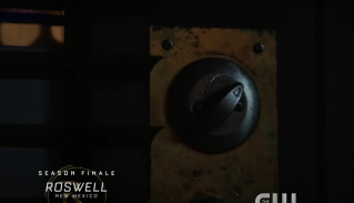 Roswell, NM S1Ep13 Noah Unlocks the Door WITH HIS MIND