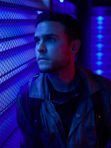 agents-of-shield-season-6-portrait-ian-de-caestecker-fitz
