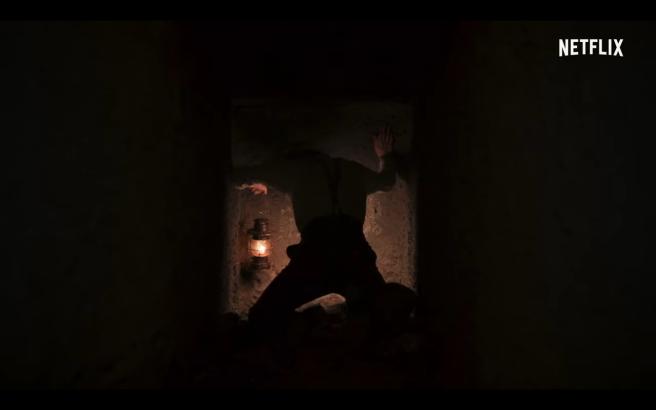 Dark S2 Tr Jonas Stranger Pounds on Cave Door