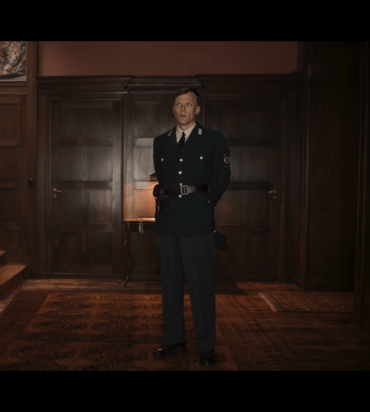 Dark S2Ep3 Egon in Dress Uniform