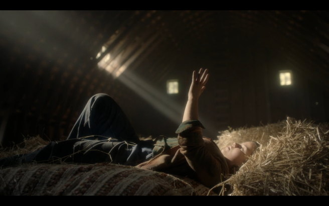 High Castle S4Ep1 Jennifer in the Hayloft