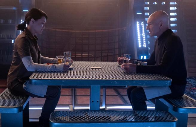 Soji & Picard Eat a meal while discussing love and Data