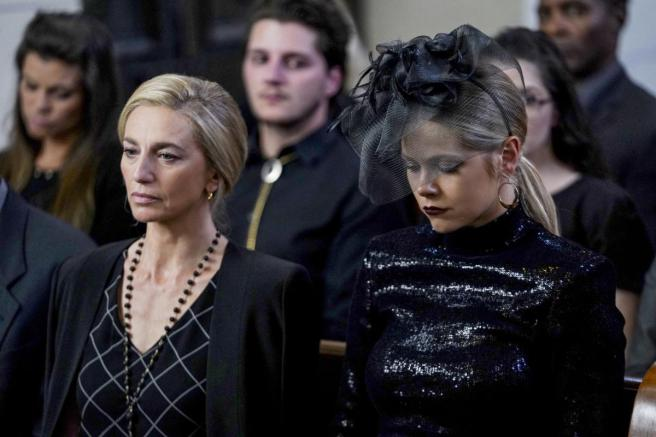 Roswell, New Mexico S2E1 Ann Evans (Claudia Black) & Isobel Evans (Lily Cowles) at Noah's Funeral