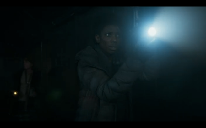 Snowpiercer S1E6 Lights with Light
