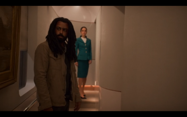 Snowpiercer S1Ep4 Andre & Melanie in Art Hall