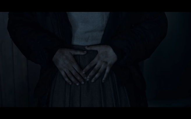 Dark S3Ep4 Martha's Hands on Pregnant Belly4