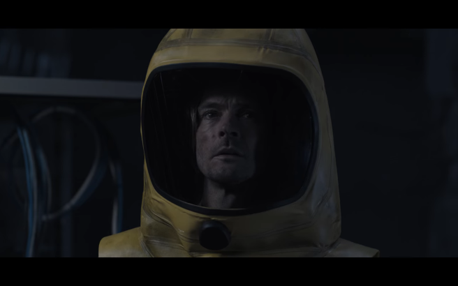 Dark S3Ep7 Young Stranger Jonas in Hazmat