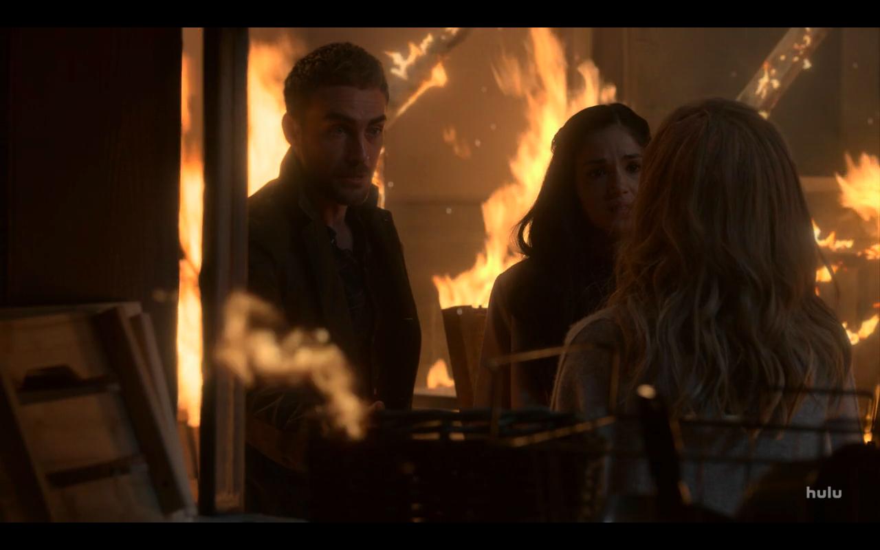Helstrom S1Ep3 Daimon Gabby & Zoe in Fire