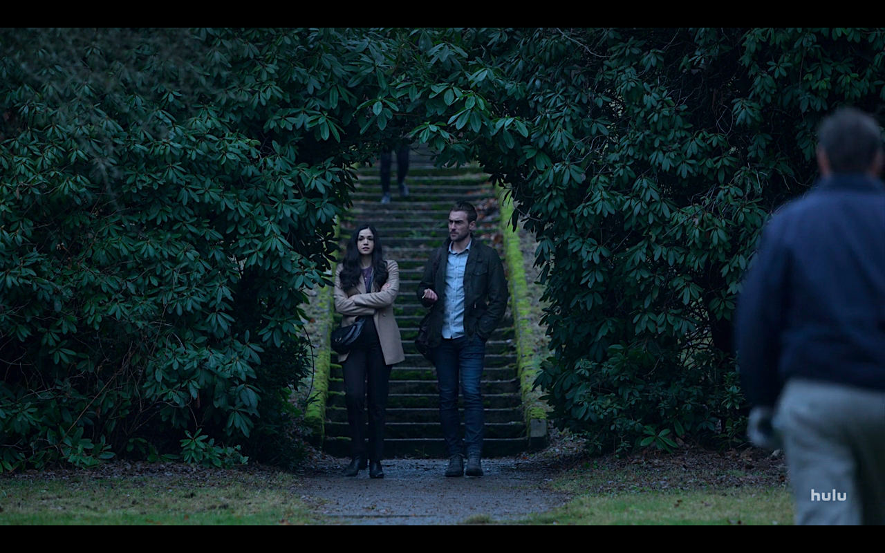 Helstrom S1Ep5 Gabby & Daimon Surrounded by Tree