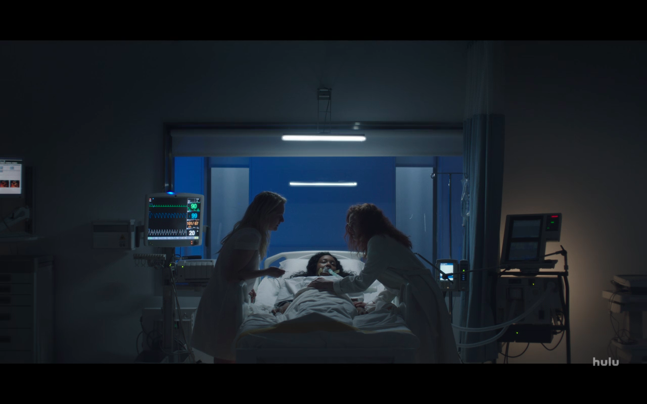 Handmaid's Tale S3Ep9 Janine Stops June from Hurting Nathalie