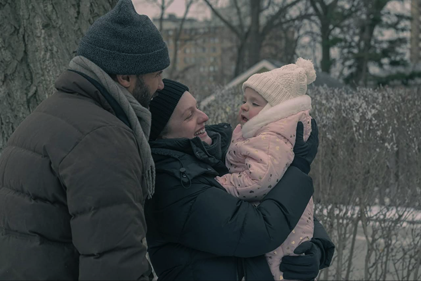 Handmaids Tale S4Ep7 Family Plays in Snow