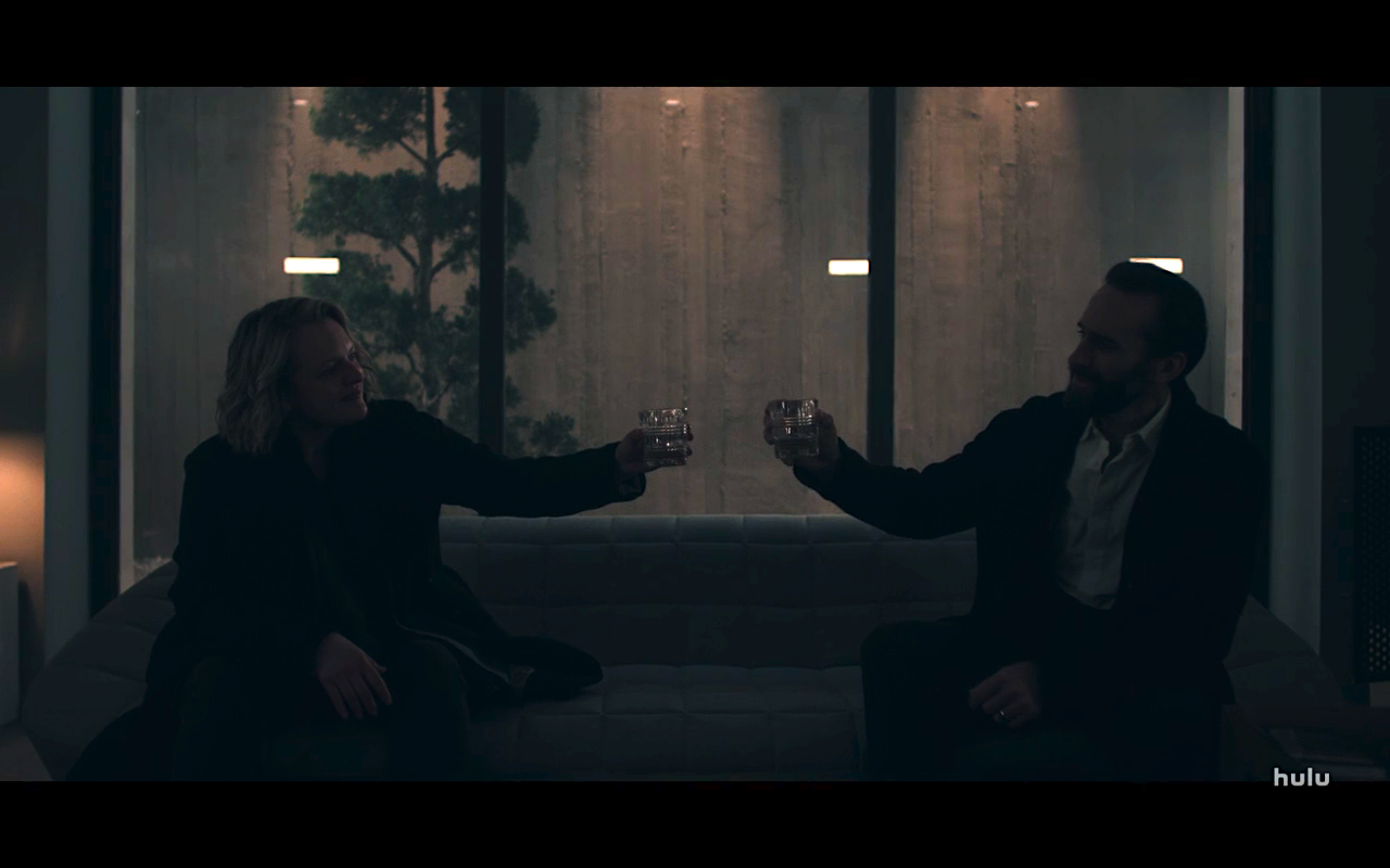 Handmaids Tale S4Ep10 Fred & June in Snowglobe Cell