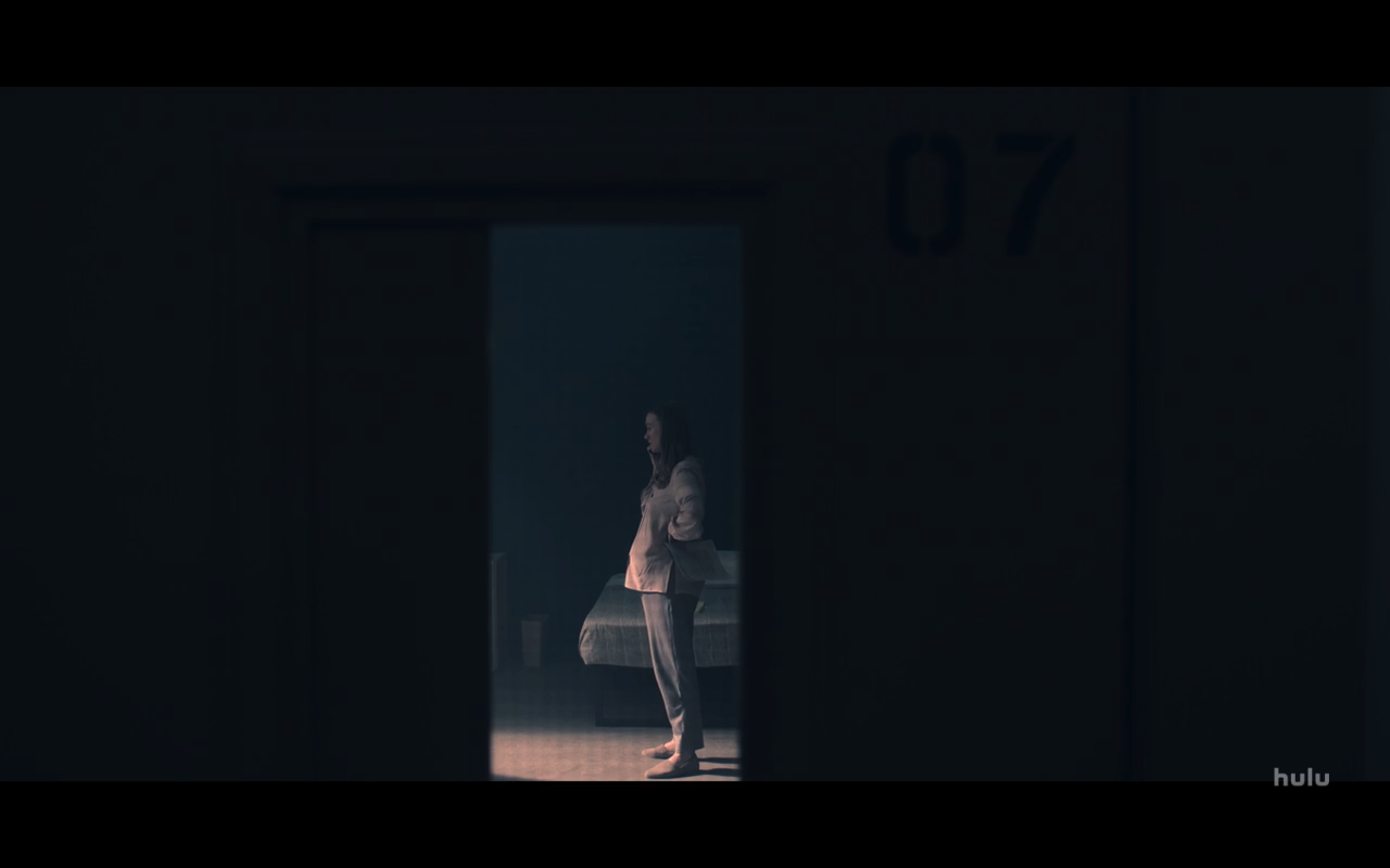 Handmaids Tale S4Ep10 Serena in a Box