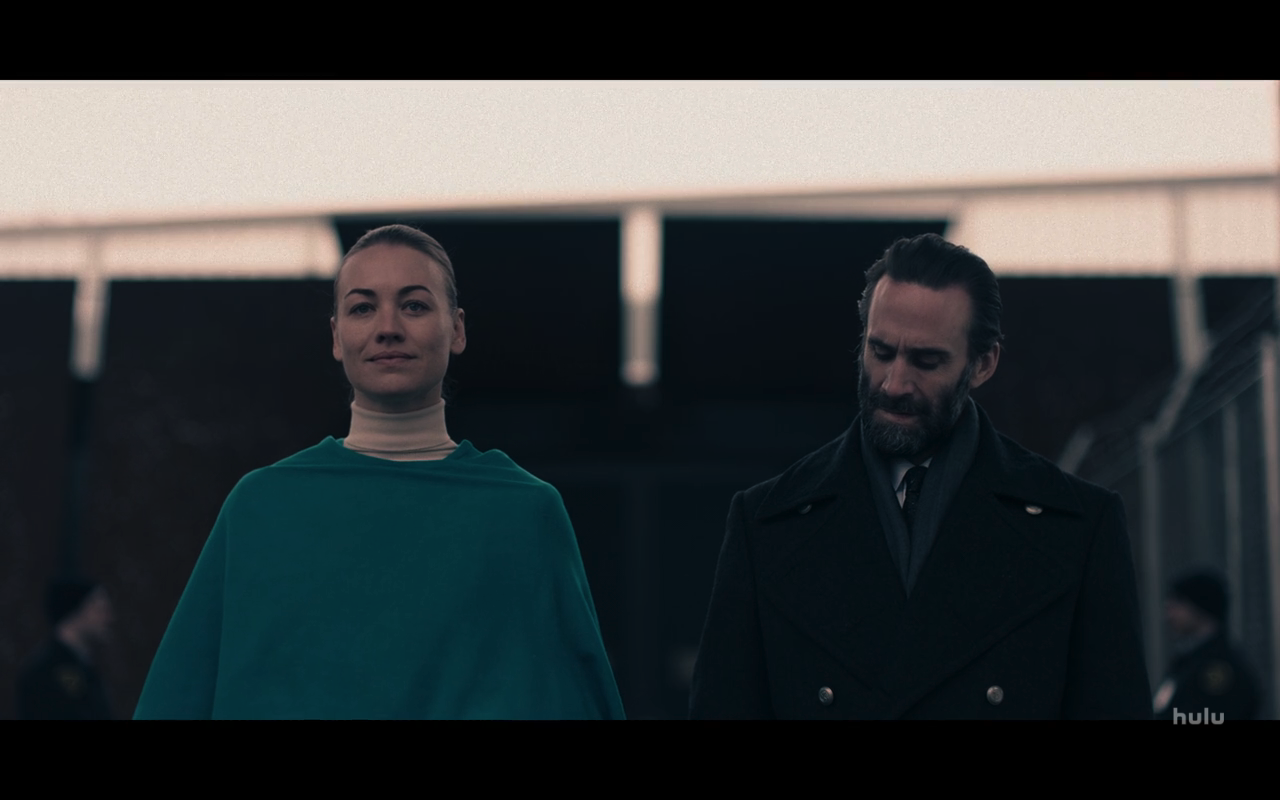 Handmaids Tale S4Ep8 Fred & Serena Leave for Court