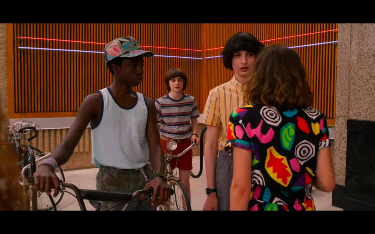 Stranger Things S3Ep2 Lucas, Will, Mike Outside Mall