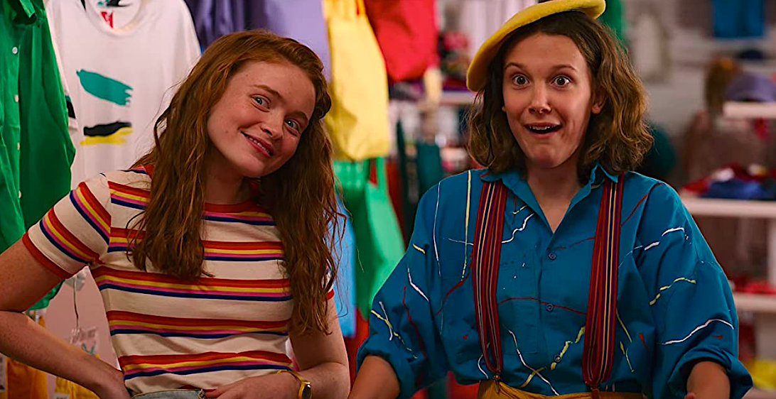 Stranger Things S3Ep2 Max & El Try on Clothes